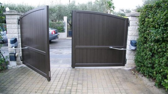 Les normes concernant les portails motorisés